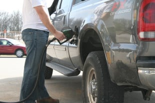 Beware Drivers In Oregon! Fuel Taxes Are Now Based On Miles!