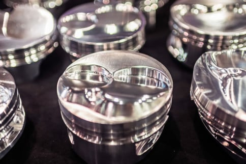 SEMA 2018: Ross Pistons Are Custom Tailored To Exactly Your Needs