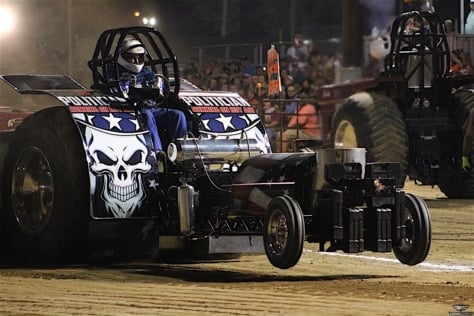 night-under-the-lights-sled-pulling-action-from-semo-district-fair-0048